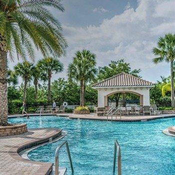 resort-1400082_640
